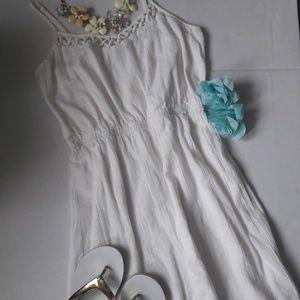 Old Navy White cotton dress size M